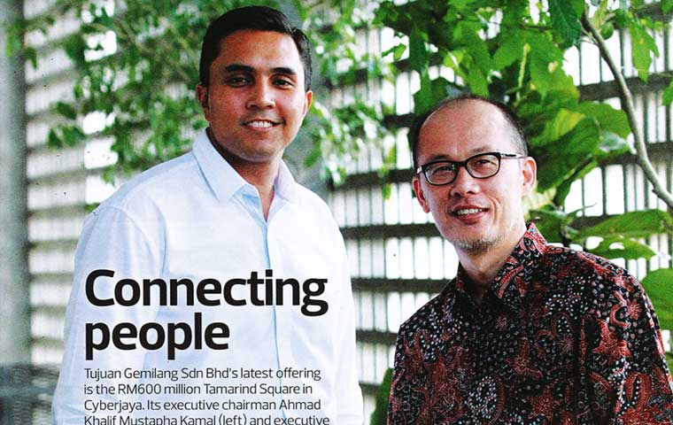 Connecting People - THE EDGE August 2013